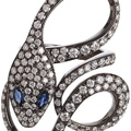dadaarrigoni_malafemmina ring in white gold with grey diamonds and blue sapphires